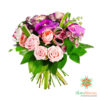 Bouquet di peonie e rose rosse