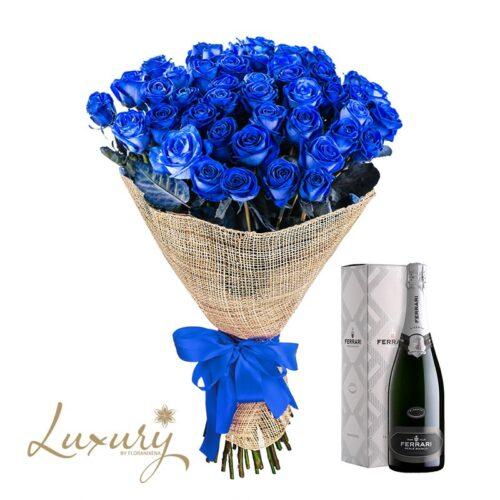 Bouquet di rose blu e spumante ferrari